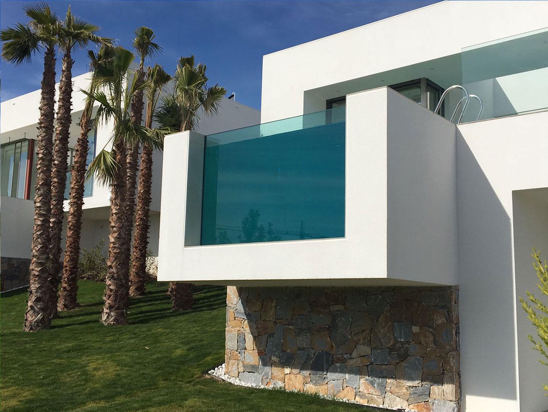 cristal en piscina instalado por cristalerias moreno