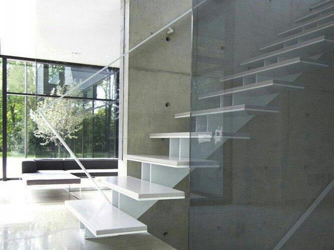 Escalera vidrio